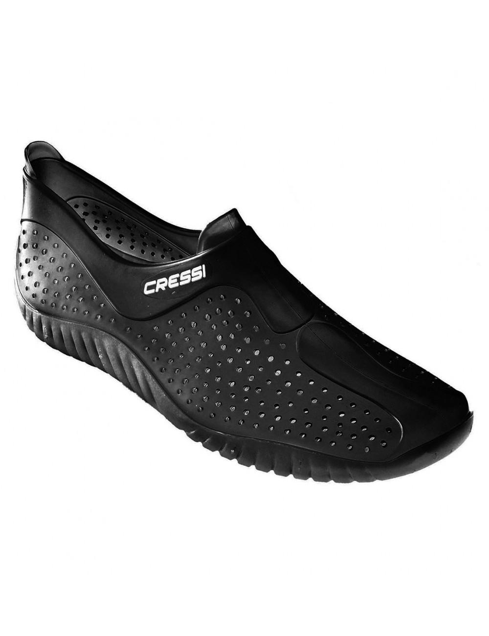 zapatilla cressi antideslizante negro  Zapatillas cressi integrales que  protegen totalmente el pie be033e6315b